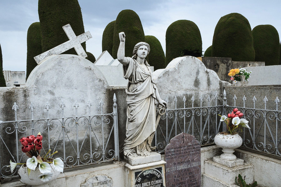 Photo of cemetery in Punta Arenas, Chile, taken with Canon wide-angle zoom lens
